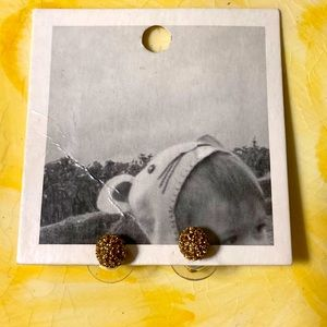 BNWT Anthropologie small round post earrings